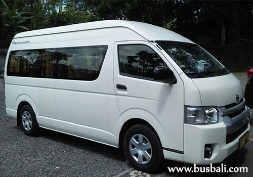 Sewa-Toyota-Hiace-Bali